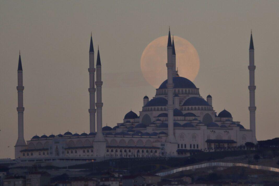 Istanbulská mešita CamlicaFoto: Reuters